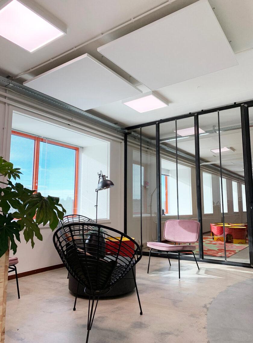 akoestisch plafondeiland kantoor woonkamer