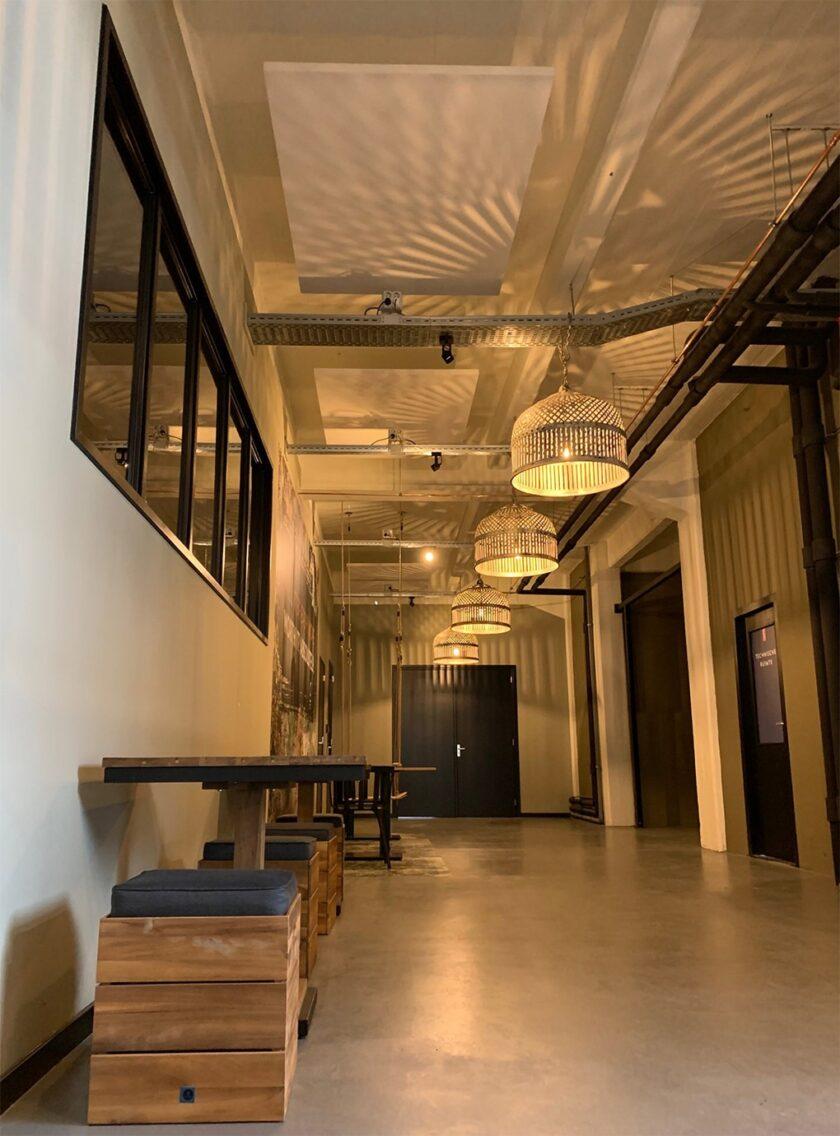 akoestisch plafondeiland kaderloos kantoor hal fabriek