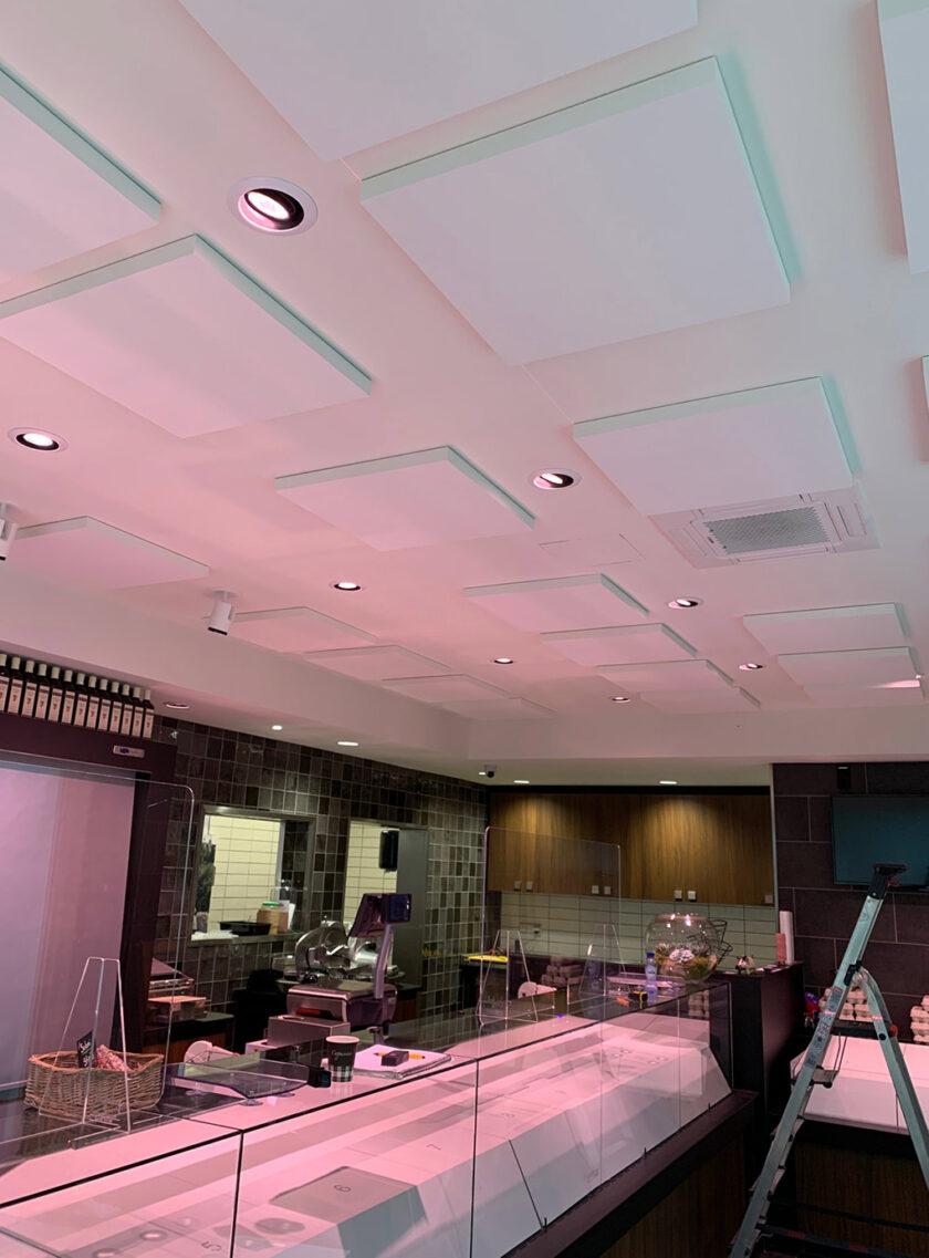 akoestisch plafondpaneel direct control restaurant 2